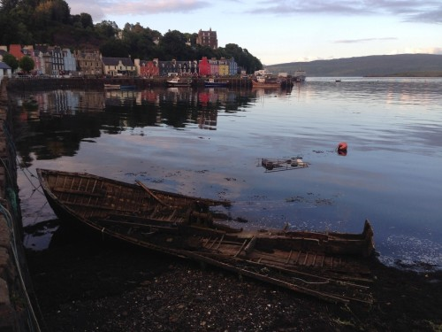 Figure 4. A 'surprise' unknown wreck at Tobermory, Isle of Mull, and our docking area for our first night (Photo by: Chelsea Colwell-Pasch).