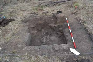 Trench F, Day 3 – Uncovering of Skeleton